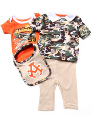 Akademiks - 4 PC SET - CAMO POLO, BODYSUIT, PANTS, & BIB SET (NEWBORN)