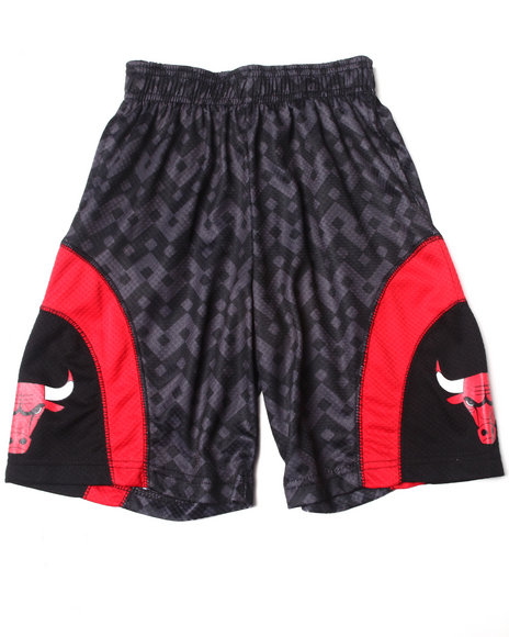 NBA MLB NFL Gear Boys Black Chicago Bulls Aztec Shorts (8-20)