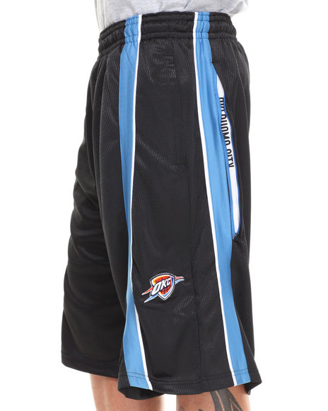 Nba, Mlb, Nfl Gear - Men Black Oklahoma City Thunder Varsity Short - $15.99