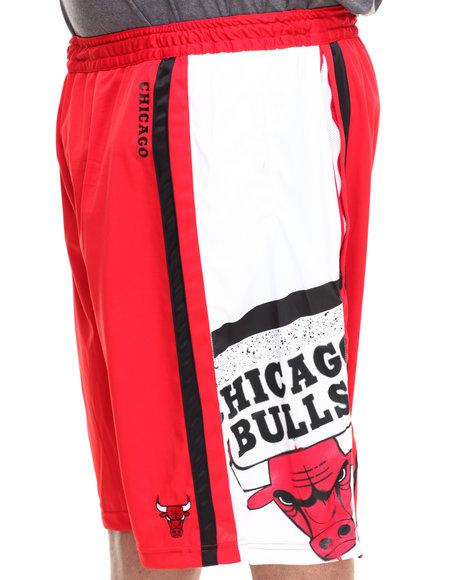 Nba, Mlb, Nfl Gear - Men Red Chicago Bulls Davis Short (B&T) - $23.99