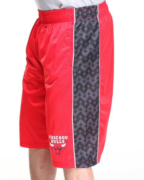 Nba, Mlb, Nfl Gear - Men Red Chicago Bulls Digi Camo 2 Shorts - $10.99