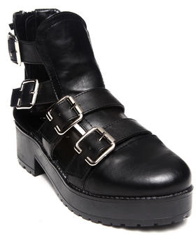 Fashion Lab - Amy Closed Toe Shoes w/ Side Cutout & Buckles