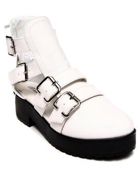 Fashion Lab - Amy Closed Toe Shoes w/ Side Cutout & Buckles