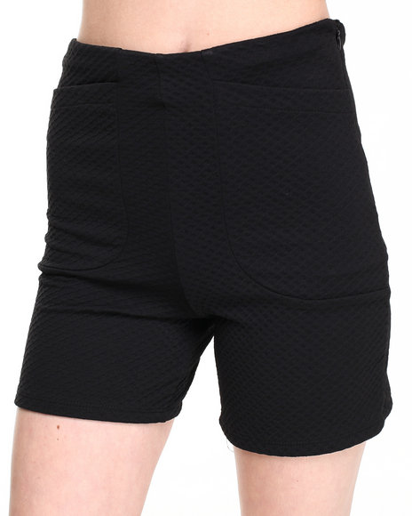 Fashion Lab - Women Black High Waist Textured Short