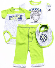 Sets - 4 PC SET - 2 LEOPARD CREEPERS, BIB, & PANTS (NEWBORN)