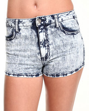 Almost Famous - Acid Wash One Button Highrise Short