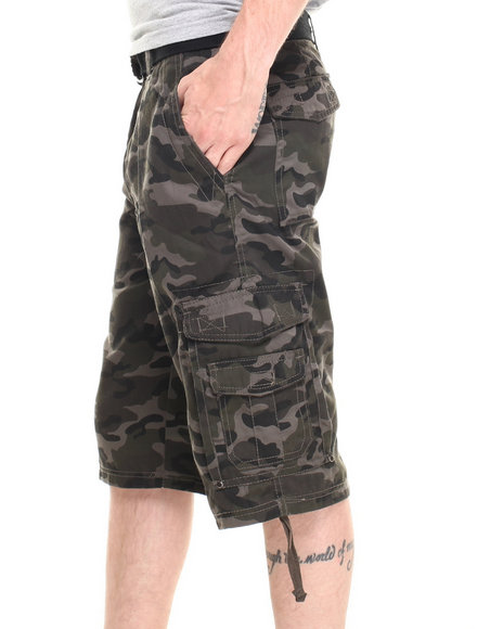 Basic Essentials - Men Green Digi Multi Pocket Cargo Shorts With Belt