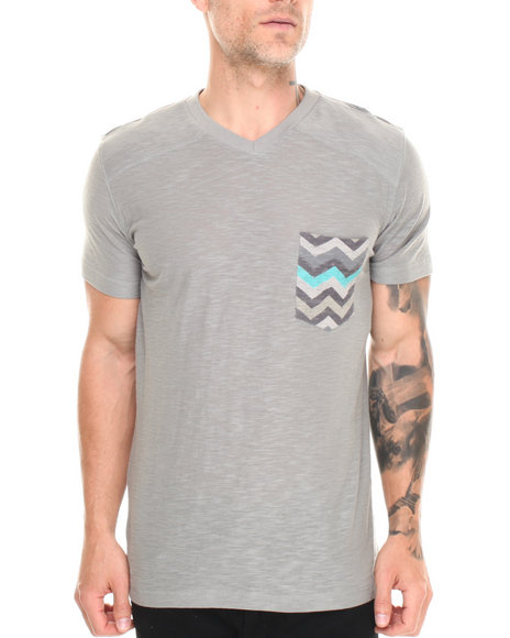 Buyers Picks - Men Grey Zag Pocket Detail V-Neck Tee