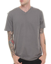 Men - BASIC V NECK TEE
