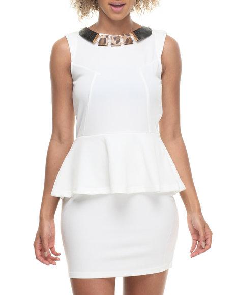 Fashion Lab - Women Ivory Nikki Sleeveless Peplum Dres W/ Attached Necklace