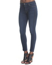 -FEATURES- - Lexi Skinny 2yr Rinse Jean