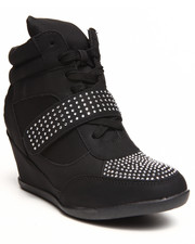 Fashion Lab - Kelda Stud Detail Sneaker Wedge