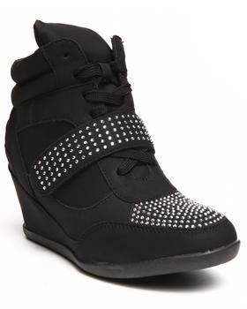 Fashion Lab - Kelda Stud Detail Sneaker Wedge