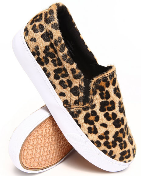 Modern Rebel - Women Animal Print Cheetah Feel Slip-On Sneaker