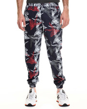 Men - JOHAN Digital Floral Jogger Pant