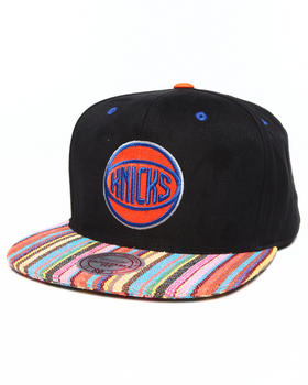 Mitchell & Ness - New York Knicks Native Stripe 2 Tone Canvas Snapback Hat