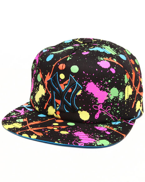 American Needle Men New York Yankees Unicorn Splatter Snapback Hat Multi