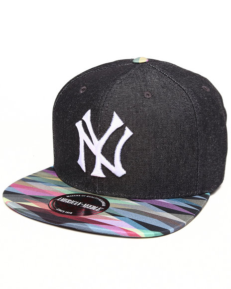 American Needle Men New York Yankees Geo Tag Strapback Hat Multi