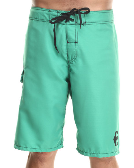 Etnies - Men Green Board Shorts - $15.99