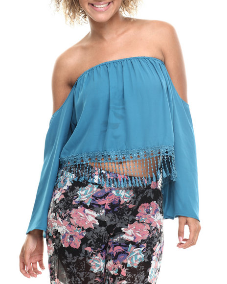 ALI & KRIS Teal Cold Shoulder Fringe Cropped Top