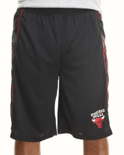 NBA, MLB, NFL Gear - Chicago Bulls Team Aztec Shorts