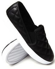 Sneakers - Quilted  Slip On Sneaker