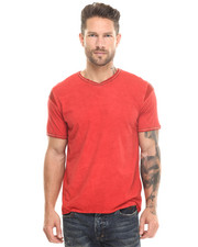 Short-Sleeve - V-Neck Tee w/ Leather Detail