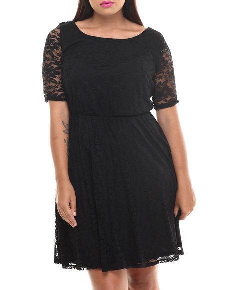 Paperdoll Black Lace 3/4 Sleeve Skater Dress (Plus Size)