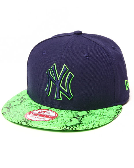 New Era - Men Lime Green New York Yankees Reptivize 950 Strapback Hat