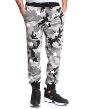 Men - Camo Stars Sweatpants