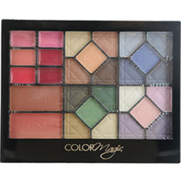 Color Magic Women Cosmetic Set Color Magic 28 Piece Beauty Kit With 20 - $10.00