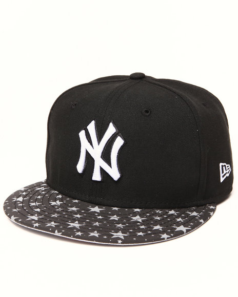 New Era Black New York Yankees Flect Hook 950 Snapback Hat
