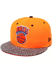 New Era - New York Knicks Flect Hook 950 Snapback Hat