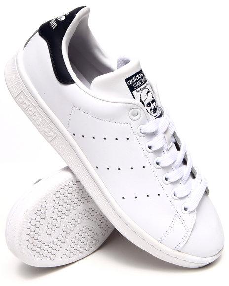 Ur-ID 214990 Adidas - Men White Stan Smith Sneakers