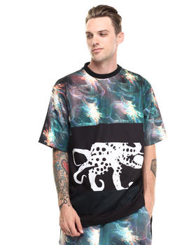 -FEATURES- - In Deep Sea Short Sleeve Tee