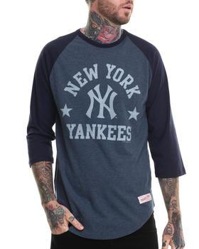 Mitchell & Ness - New York Yankees MLB  Media Guide Raglan