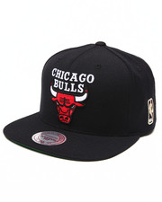 Mitchell & Ness - Chicago Bulls NBA HWC / Current Wool Solid 2 Snapback Hat