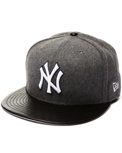 New Era - Men Grey New York Yankees Faux Leather Melt 5950 Fitted Hat