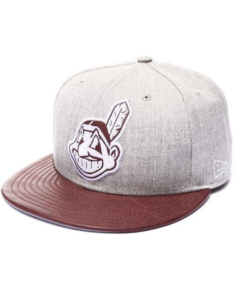 New Era - Men Grey Cleveland Indians Team Embosser 950 Snapback Hat
