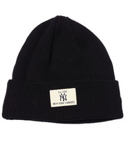 Men - New York Yankees Shorty Patch Knit hat