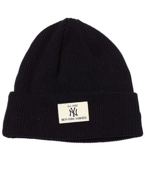New Era - Men Navy New York Yankees Shorty Patch Knit Hat