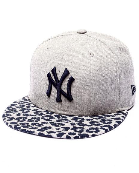 New Era - Men Grey New York Yankees Anivize 5950 Fitted Hat