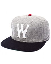 Men - CLUB W STRAPBACK Hat