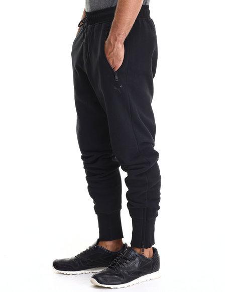 Puma - Men Black Cuffed Slim Sweatpants