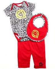 Sets - 3 PC SET - LEOPARD BODYSUIT, PANTS, & BIB (NEWBORN)