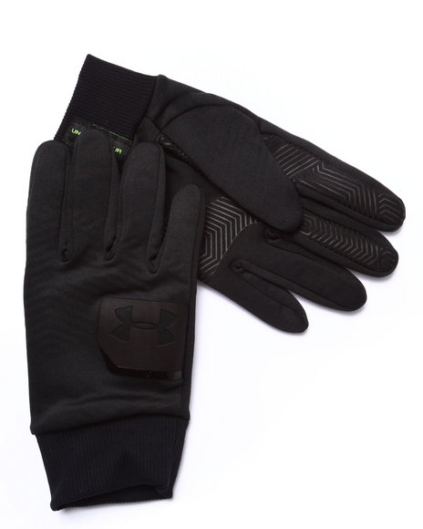Under Armour Gloves & Scarves