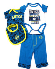 Boys - 4 PC SET - 2 BODYSUITS, PANTS, & BIB (NEWBORN)