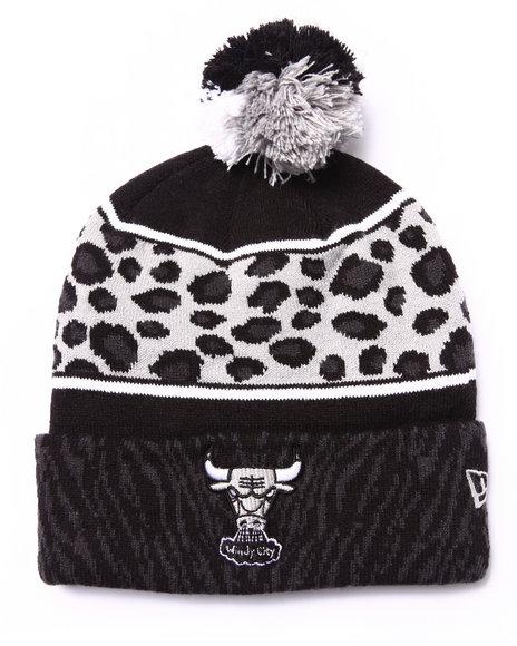 New Era Men Chicago Bulls Polar Prints Knit Hat Grey