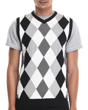 Sweatshirts & Sweaters - Classic Sleeveless Argyle sweater