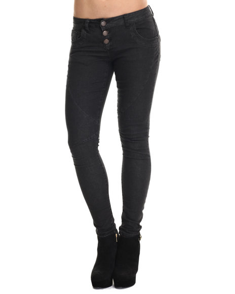 Basic Essentials - Women Black Roy Boyfriend Jean W/Roll Up Bottom